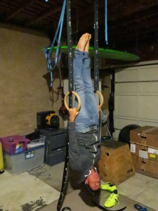Upside down ring pull up